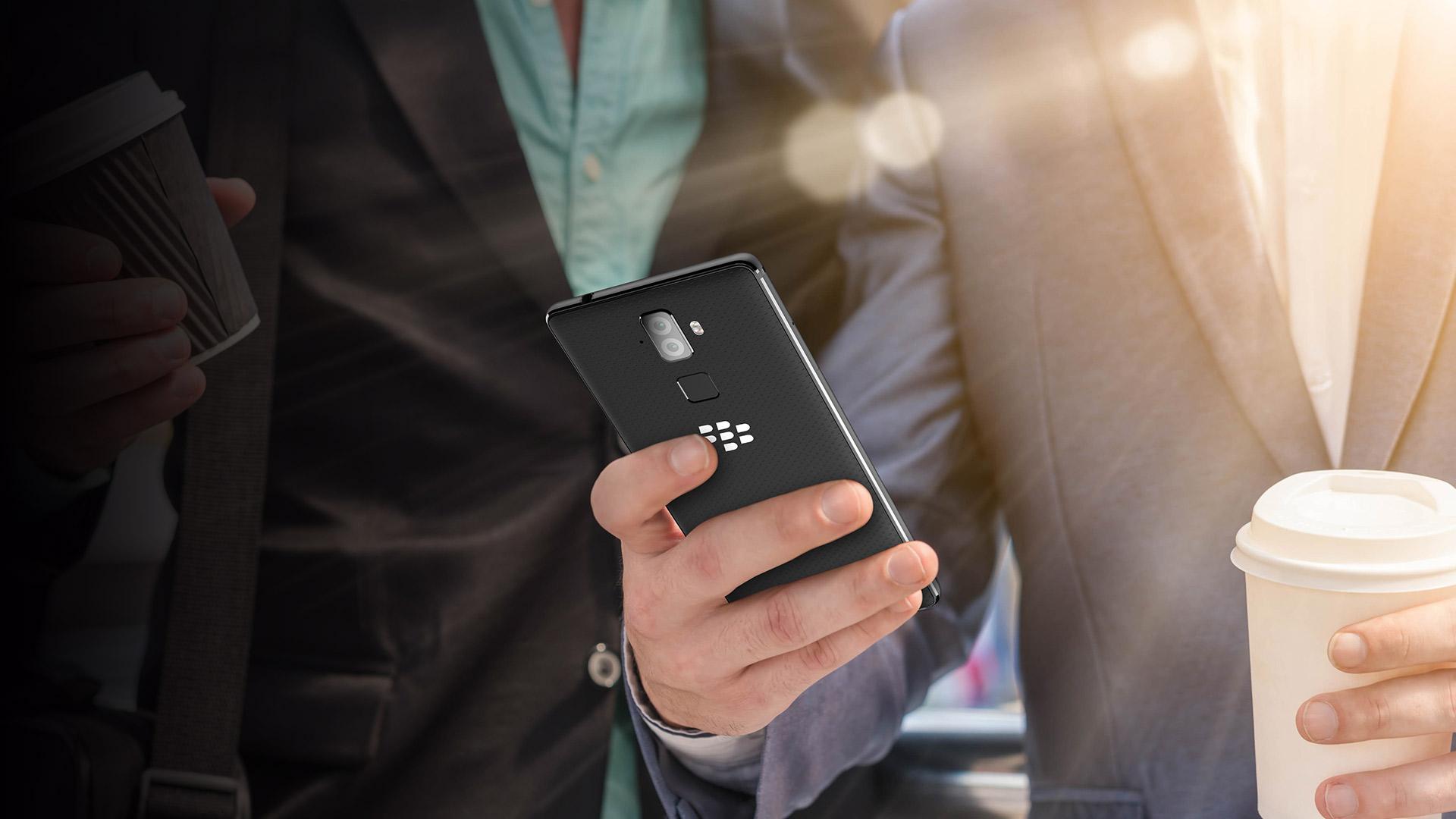 Самые безопасные месседжеры для BlackBerry