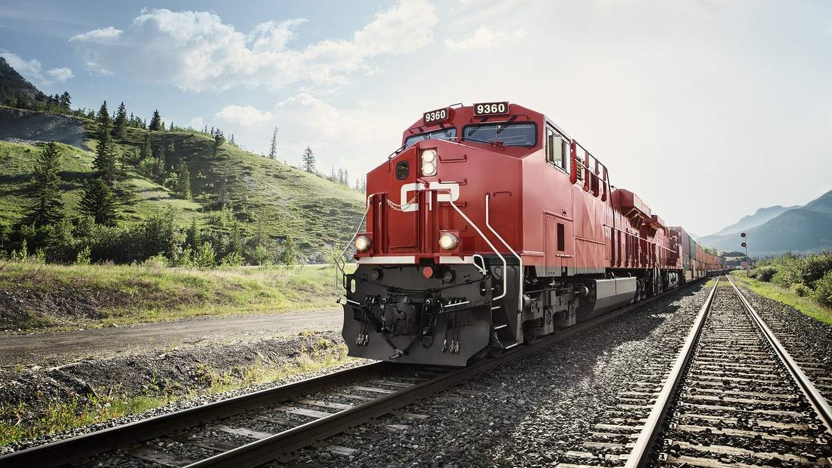 КОМПАНИЯ CANADIAN PACIFIC УСТАНОВИТ В СВОЙ ТРАНСПОРТ BLACKBERRY RADAR