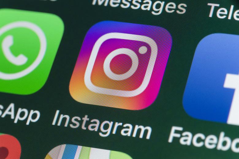 BlackBerry обвиняет Facebook в нарушении патентов